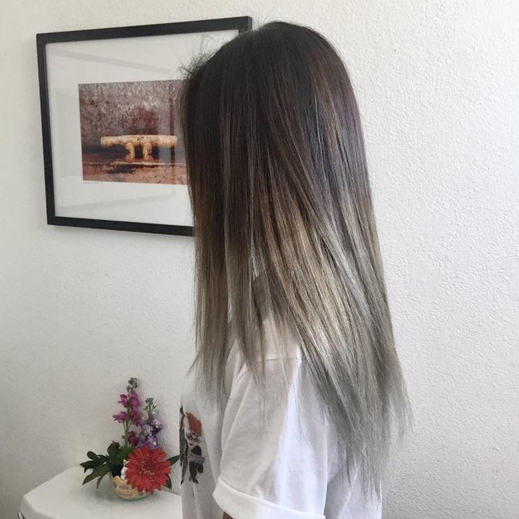 cheveux bruns moyens dans un style ombré