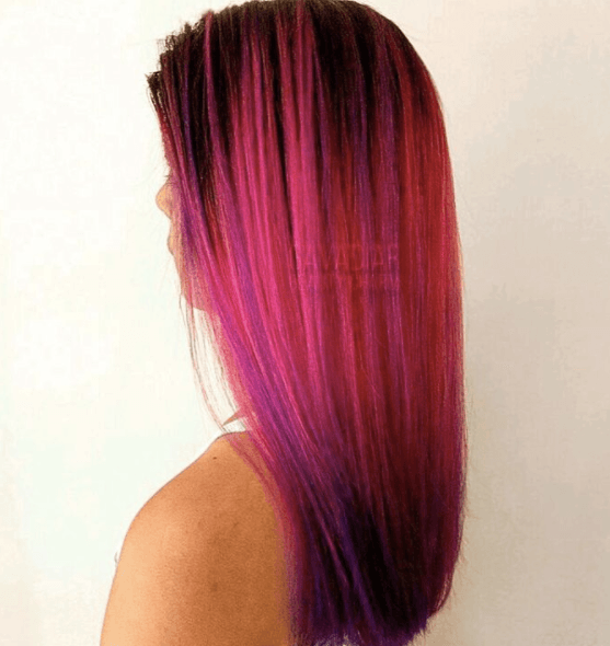 Cheveux de sirène rose vif de Instagram @gavadiar.beautycharm