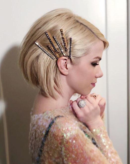 Accessoires de coiffure pour la fête : Accessoires de coiffure avec bijoux empilés