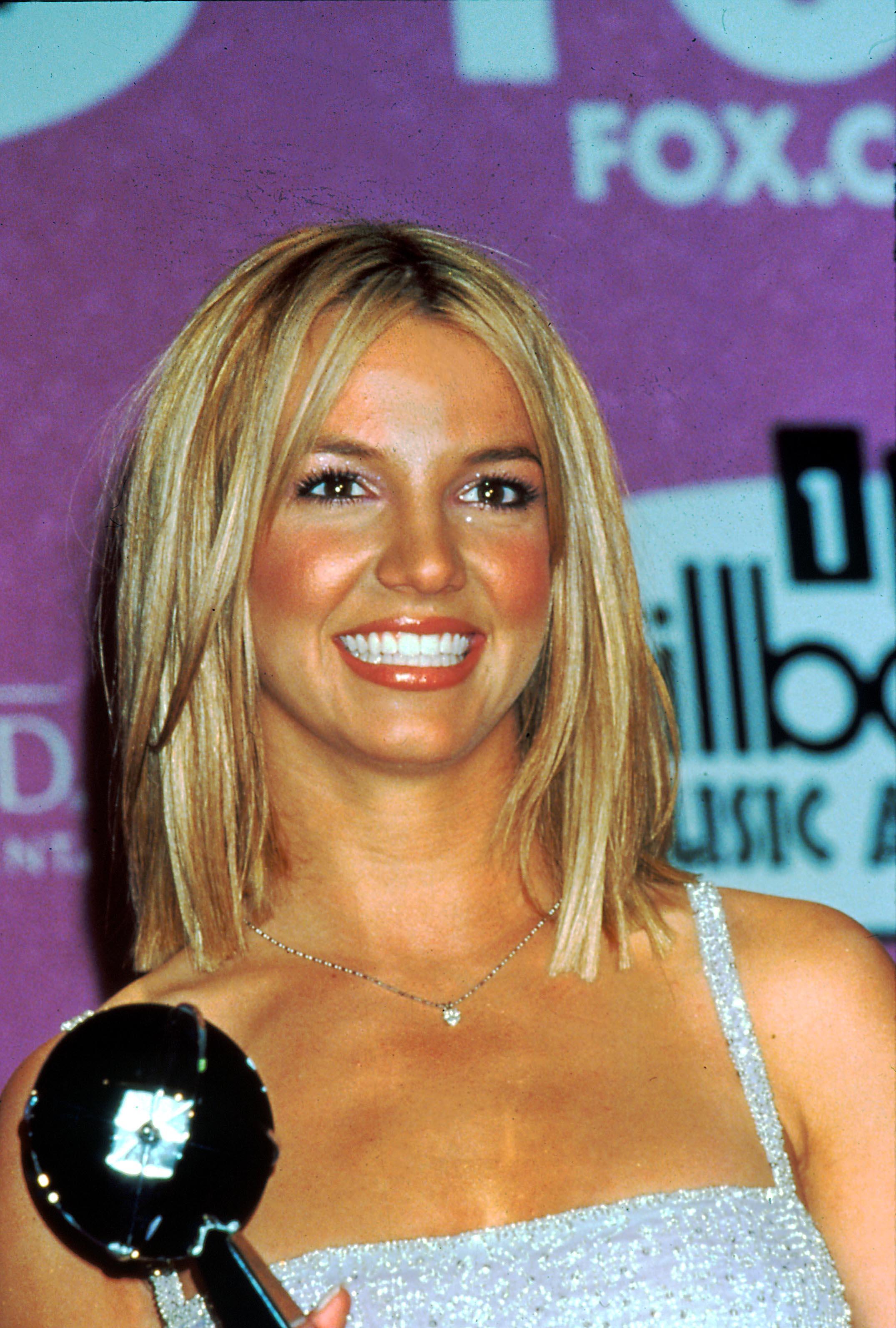 Britney Spears avec un long bob coupé