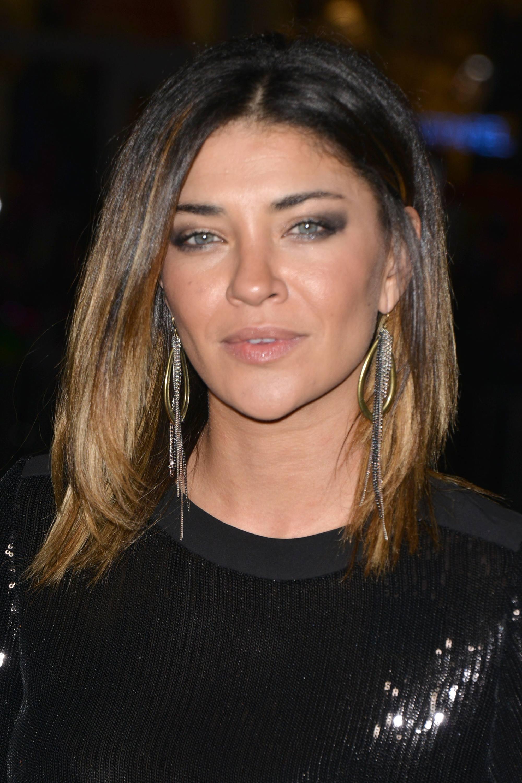 l'actrice allemande jessica schwarz avec une coupe lobée d'ombre brune à blonde