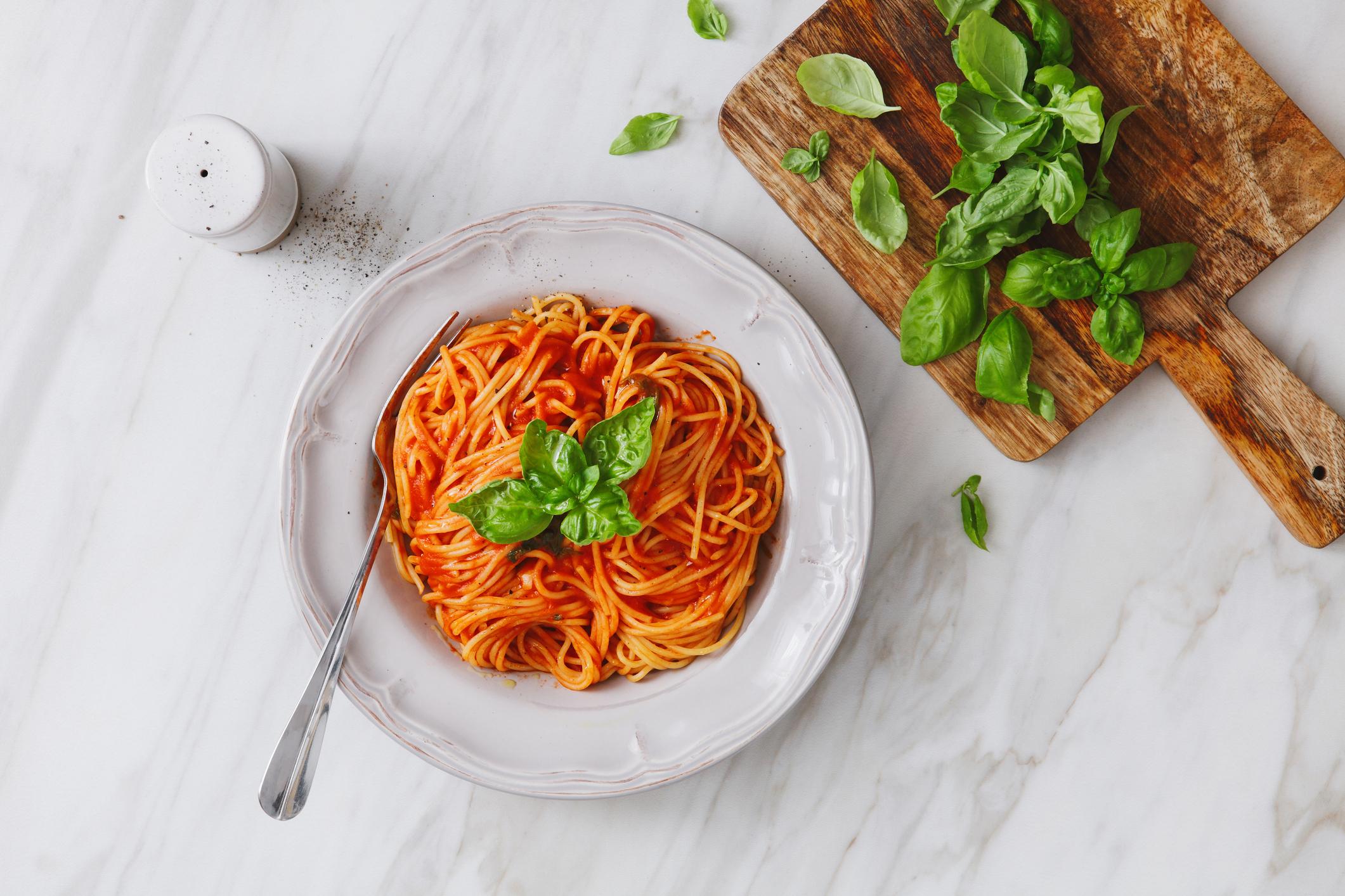 spaghetti à la sauce tomate, un des plats du régime sans sucre.