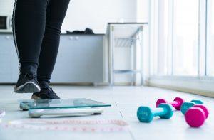 monter sur la balance après l'effort n'est pas le meilleur moment pour se peser