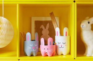 Ces pots à crayons sont l'un de nos bricolages amusants pour les enfants.