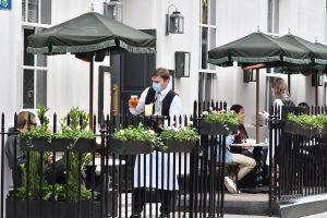 Comment le Prince Harry et Meghan se sont-ils rencontrés ? Lors d'un rendez-vous à l'aveugle au Dean Street Townhouse à Soho.