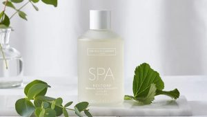 Spa Restore Luxury Bath Oil white company