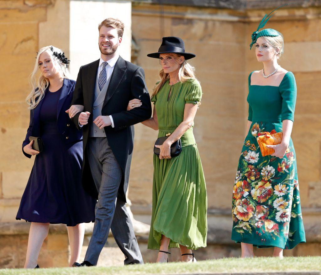 Lady Eliza Spencer, Louis Spencer, vicomte Althorp, Victoria Lockwood et Lady Kitty Spencer assistent au mariage du prince Harry avec Mme Meghan Markle à la chapelle Saint-Georges du château de Windsor, le 19 mai 2018 à Windsor, en Angleterre.