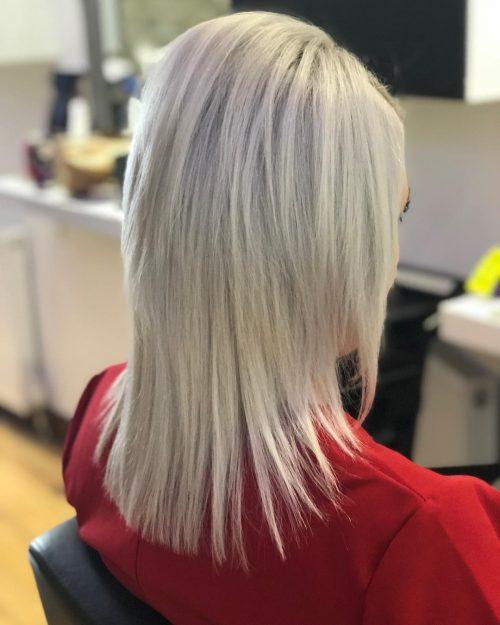 Blond platine mi-longueur