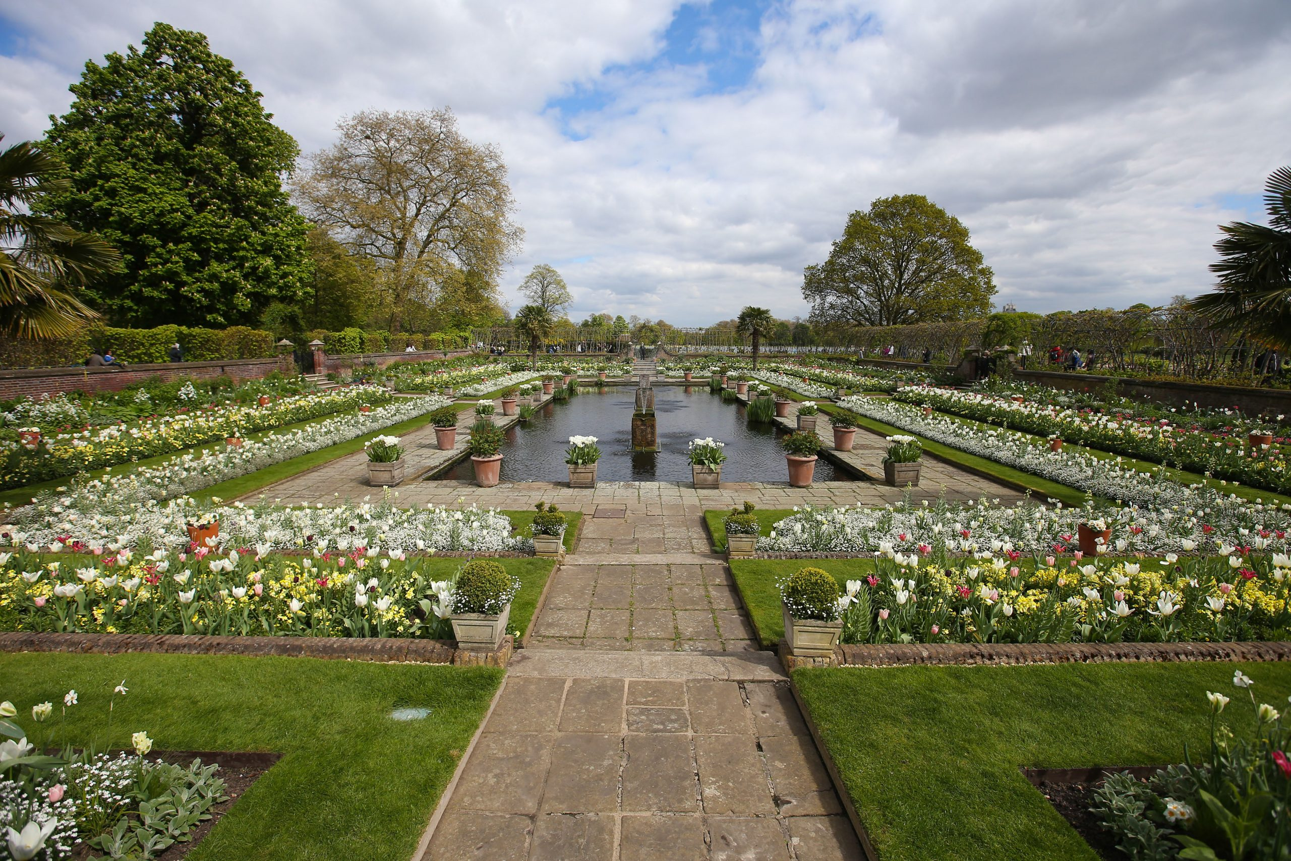 Le jardin en contrebas du palais de Kensington, qui rend hommage à la mort de la princesse Diana 20 ans après.