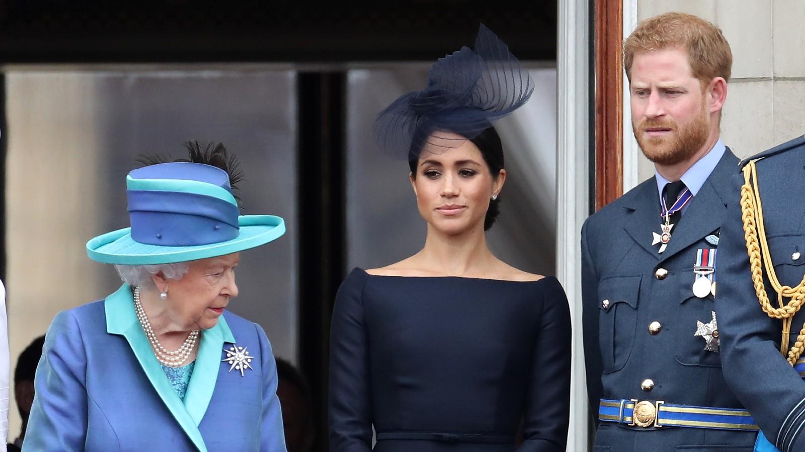 La Reine, Meghan Markle, le Prince Harry au Palais de Buckingham.
