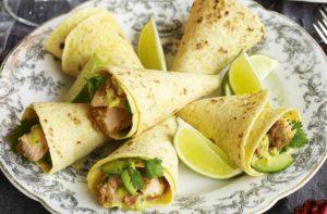 Spicy-salmon-and-guacamole-cones