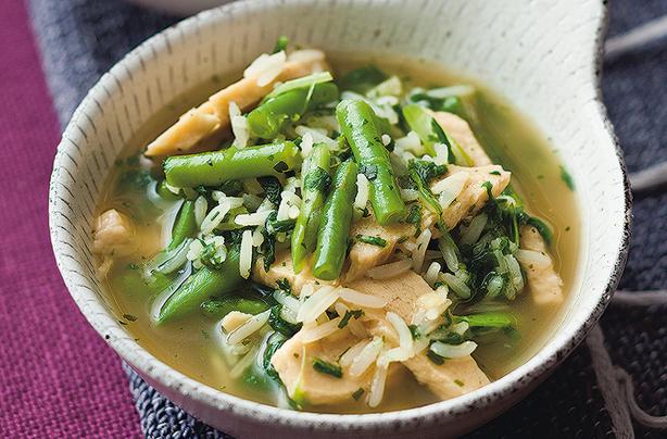 Lunch bowl Quorn rapide avec fèves et poulet