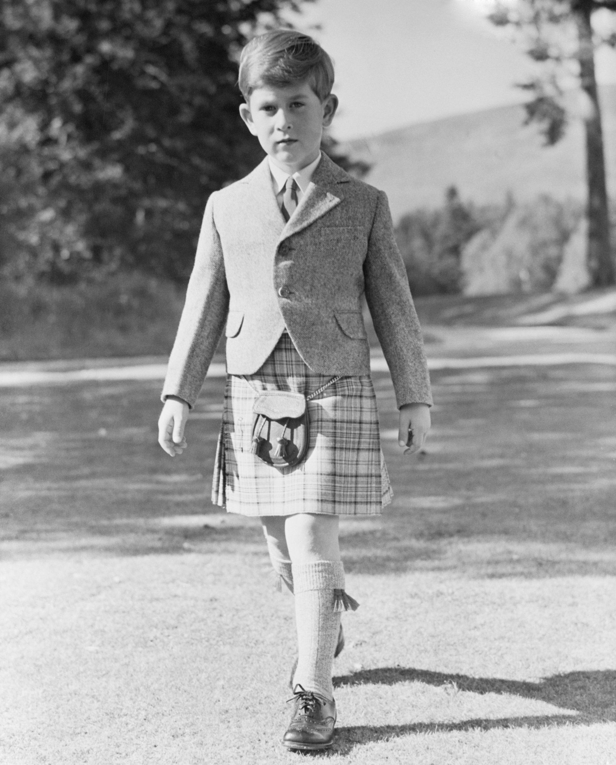 Le Prince Charles en tant que jeune écolier