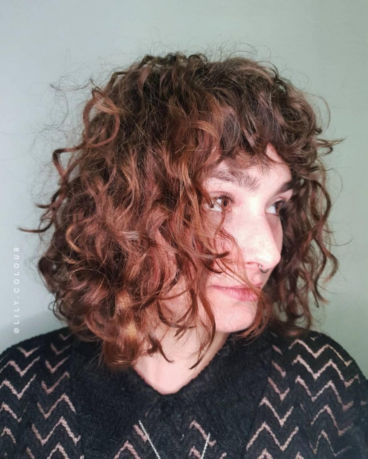 permanente ondulée sur cheveux courts