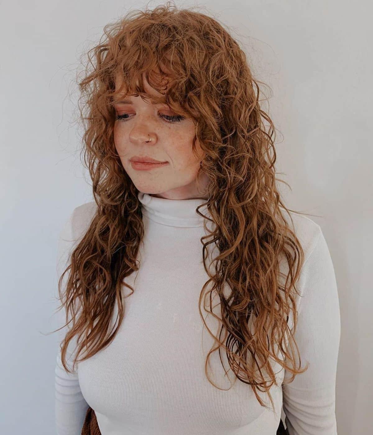 Cheveux naturels permanentés avec franges