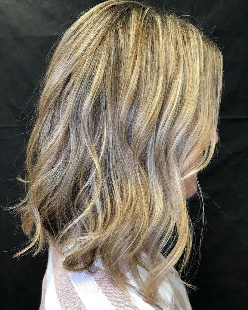 long blond wavy bob