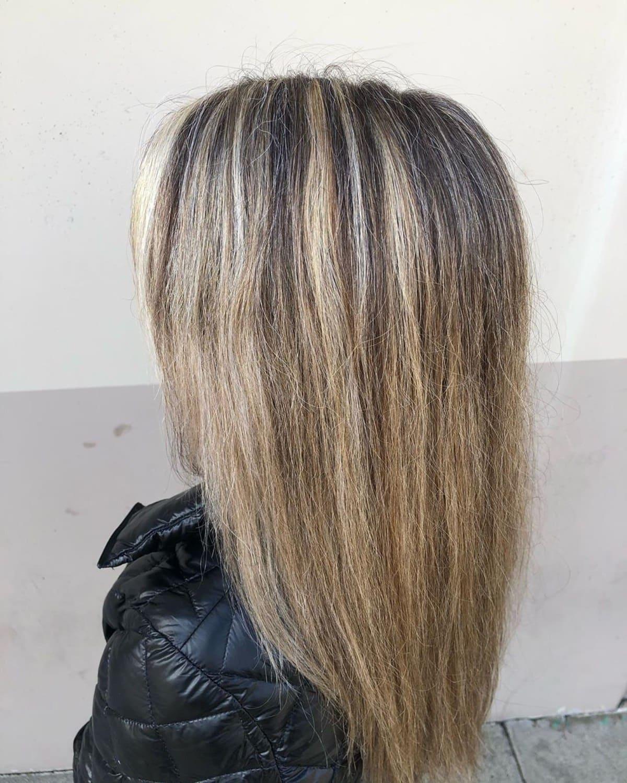 Brun cendré clair sur cheveux décolorés