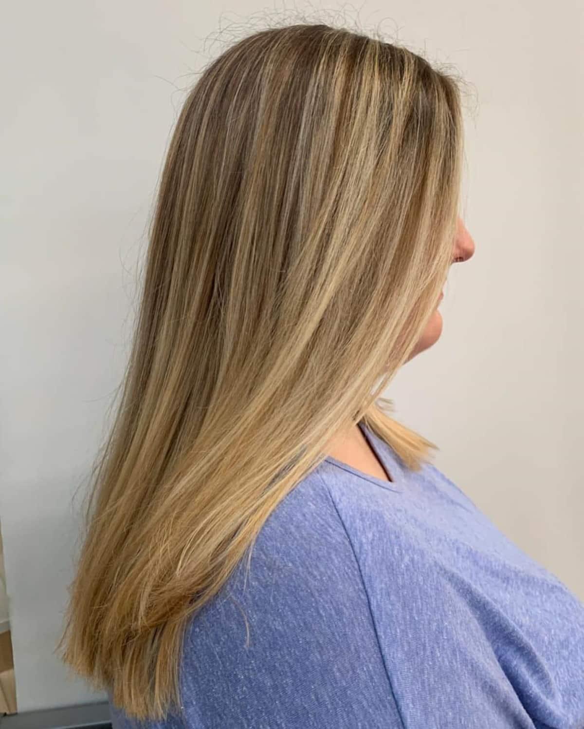 mèches partielles sur cheveux châtain clair