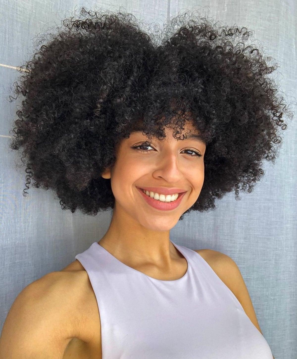 Frange afro-texturée