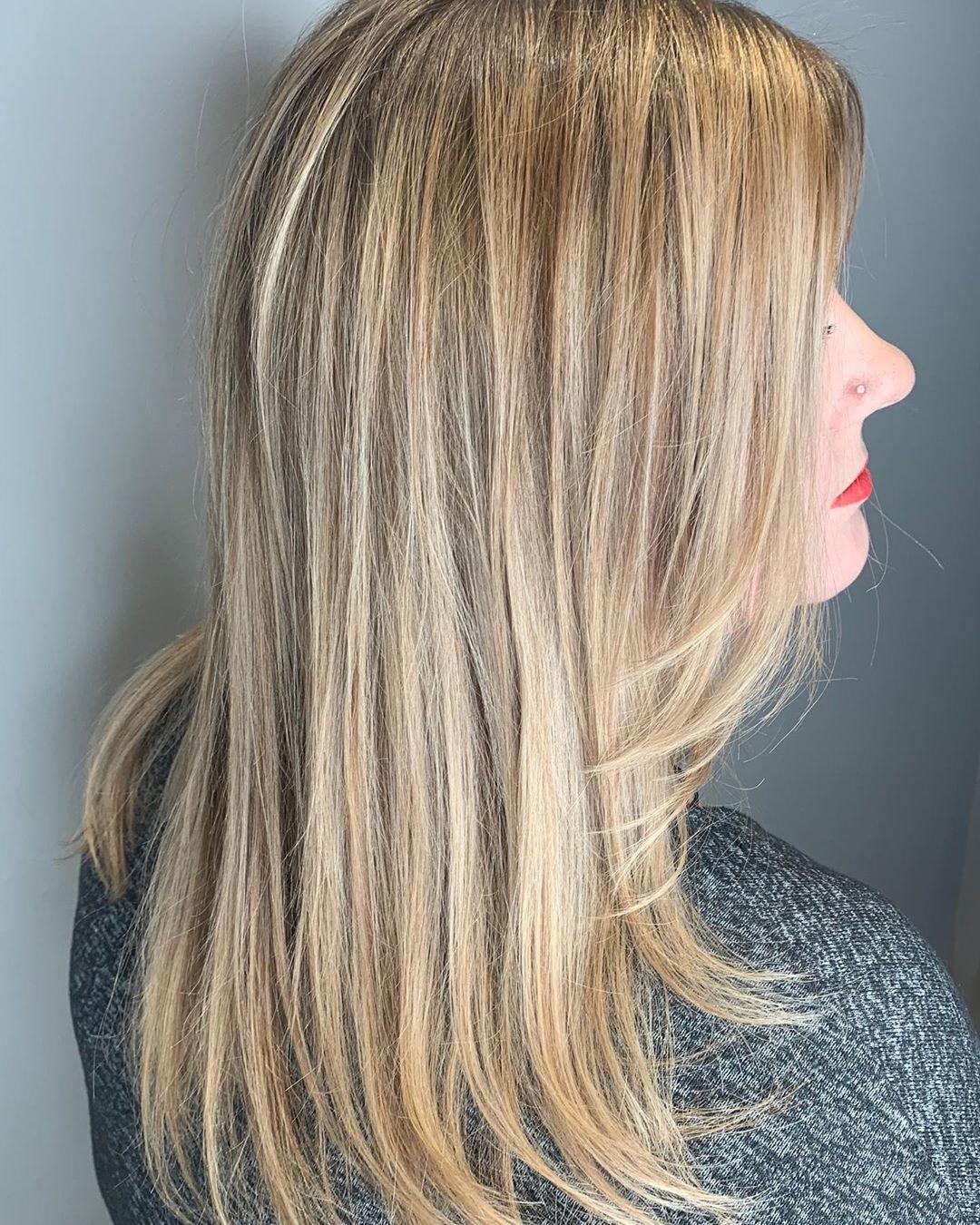 blond cendré clair sur cheveux blond foncé