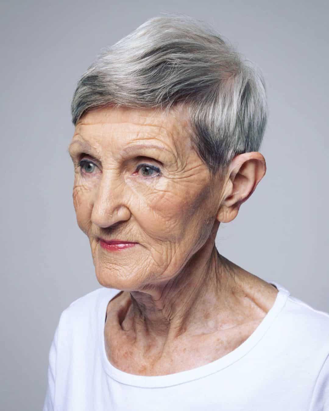Pixie longue et dégradée pour les femmes de plus de 70 ans