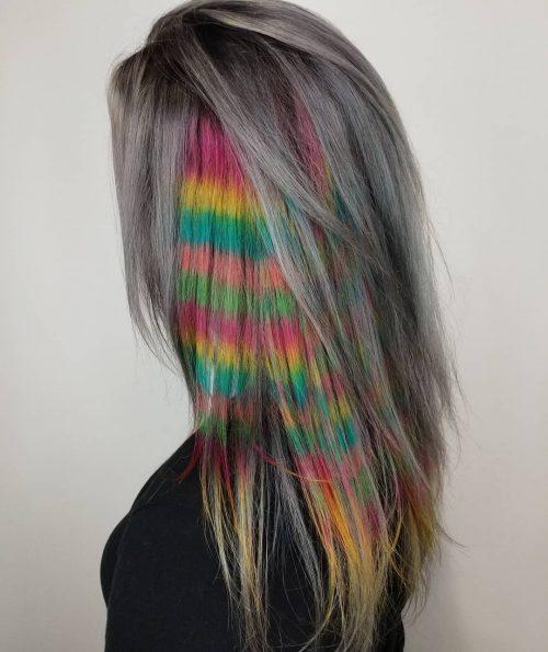 Sous-couche frisée Fun Rainbow Colors sur cheveux foncés