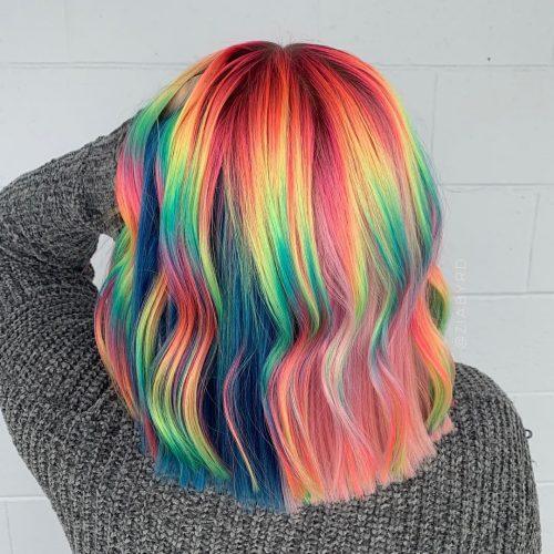 Arc-en-ciel lumineux pour les cheveux mi-longs