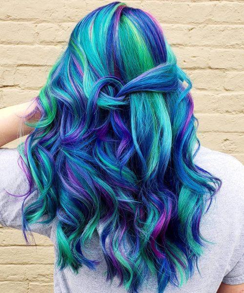 Cheveux de sirène arc-en-ciel colorés