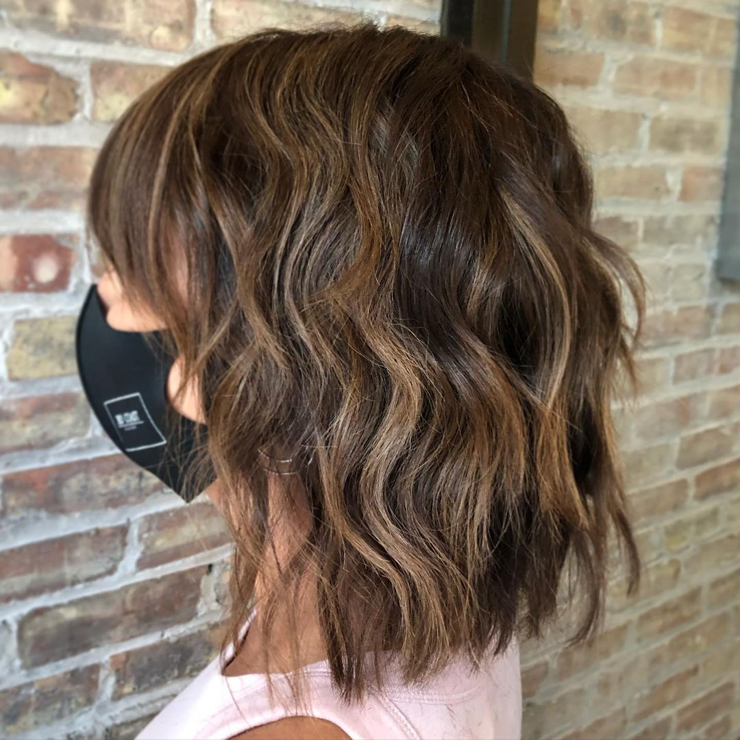 Balayage ton sur ton couleur de cheveux hiver 2021