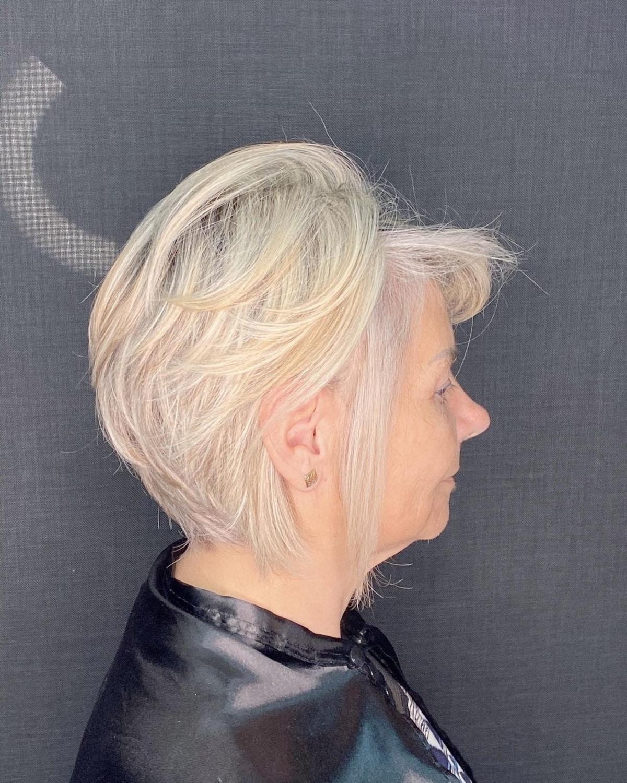 Blond doux pour cheveux clairsemés