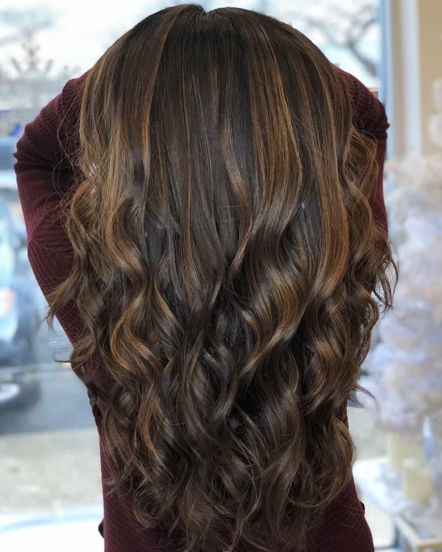 balayage brun espresso sur cheveux noirs