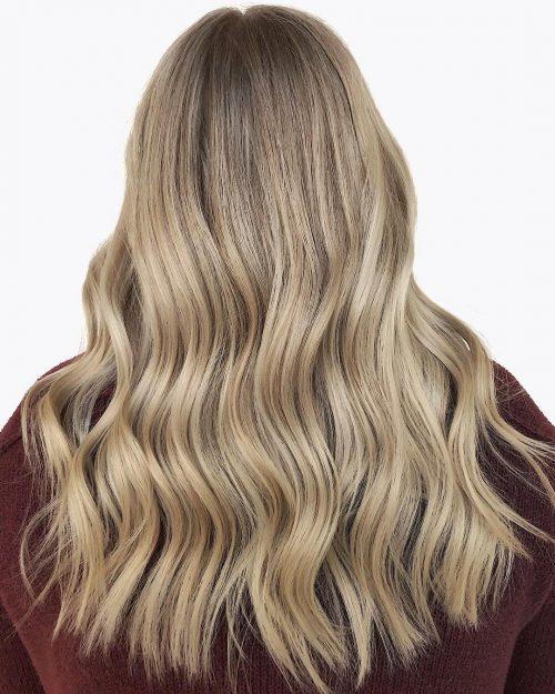 Balayage blond cendré foncé