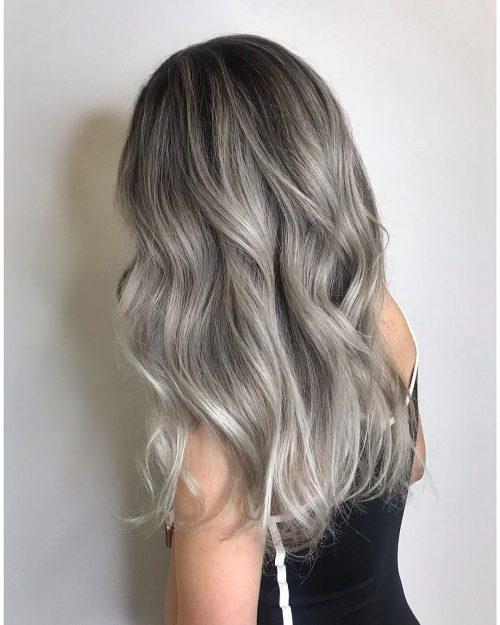 Blonde cendrée argentée