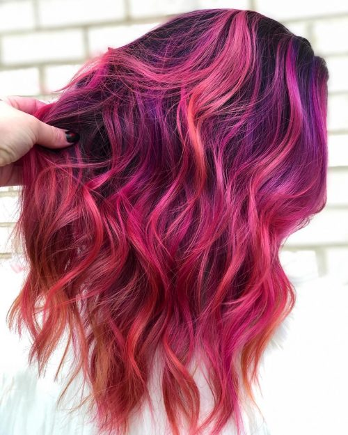 Balayage rose vif et violet