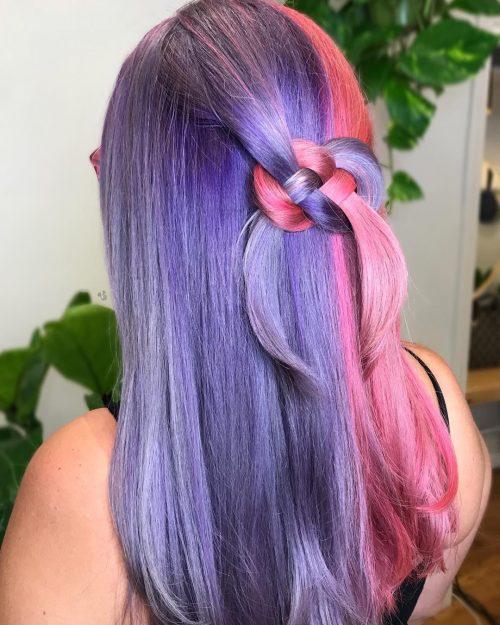 Moitié rose et moitié violet