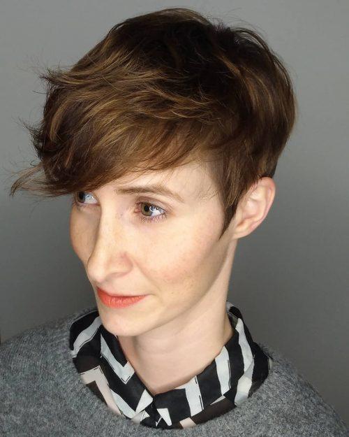 coupe de cheveux androgyne pour visages ovales