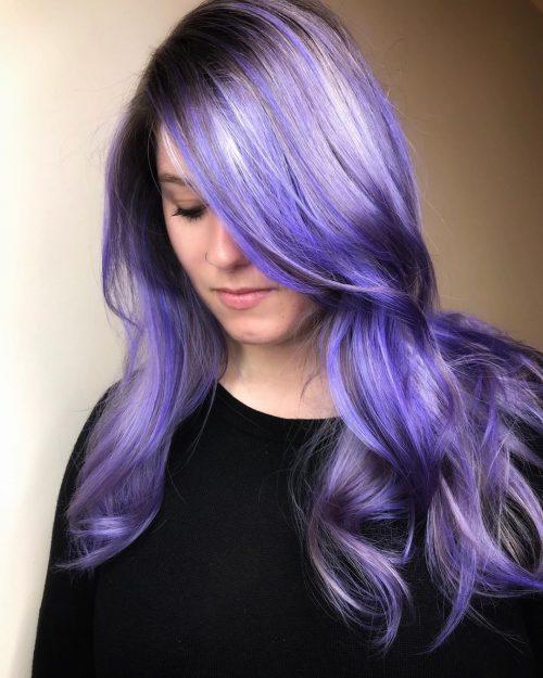 Couleur de cheveux Violet platine