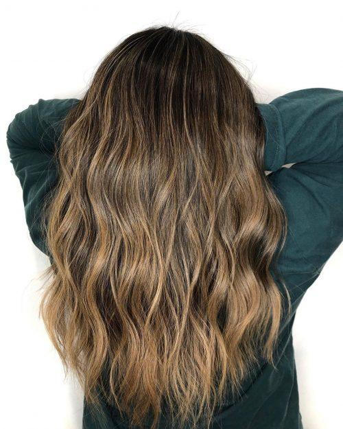 Bronde caramel et brune pour cheveux longs