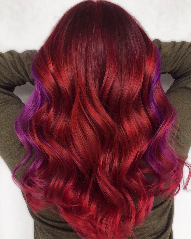 Nuances de rouge et de violet