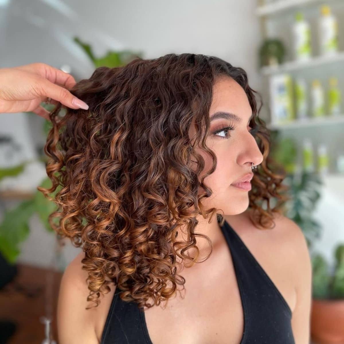 Mèches pour cheveux bouclés foncés