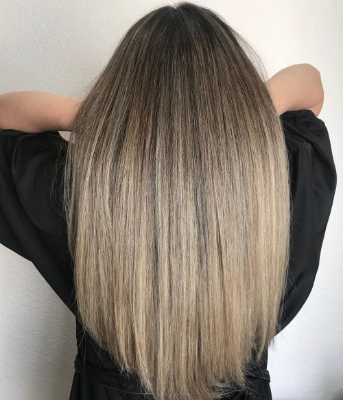 Balayage brun à blond sur cheveux droits