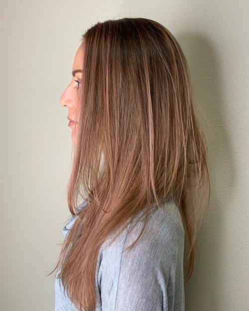 Balayage or rose sur cheveux raides