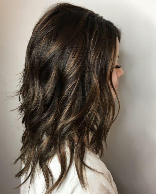Balayage caramel sur cheveux châtain foncé
