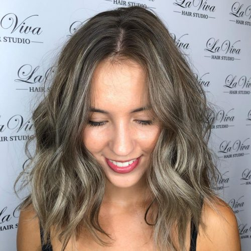 Superbe coupe mi-longue pour cheveux épais