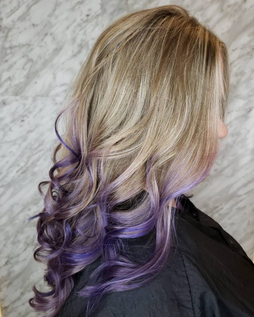 Ombre blonde à violette