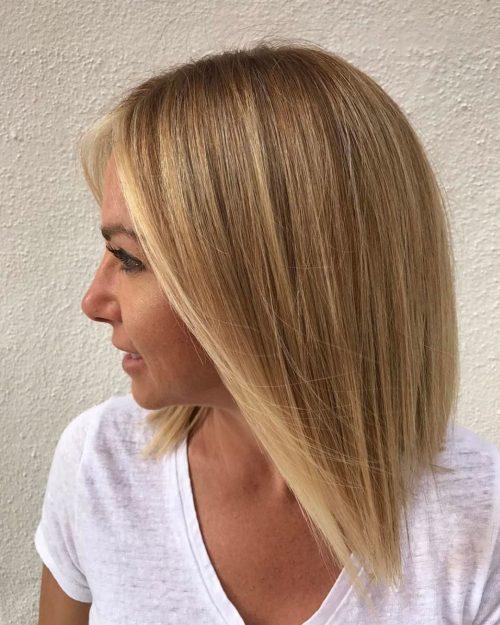 Bob blond angulaire