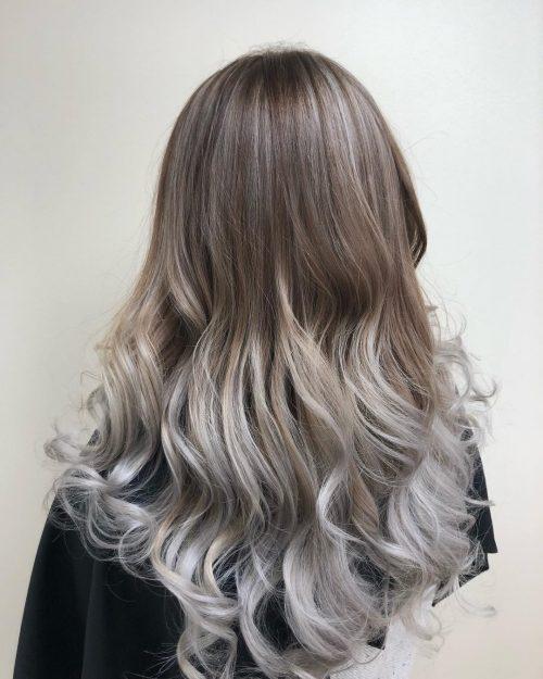 Coloration ombrelle brune à argentée