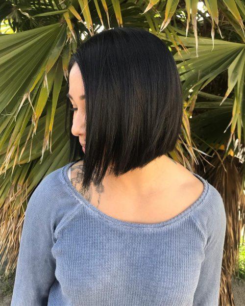 Eblouissant sur les cheveux courts