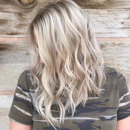 Une coiffure lobée texturée