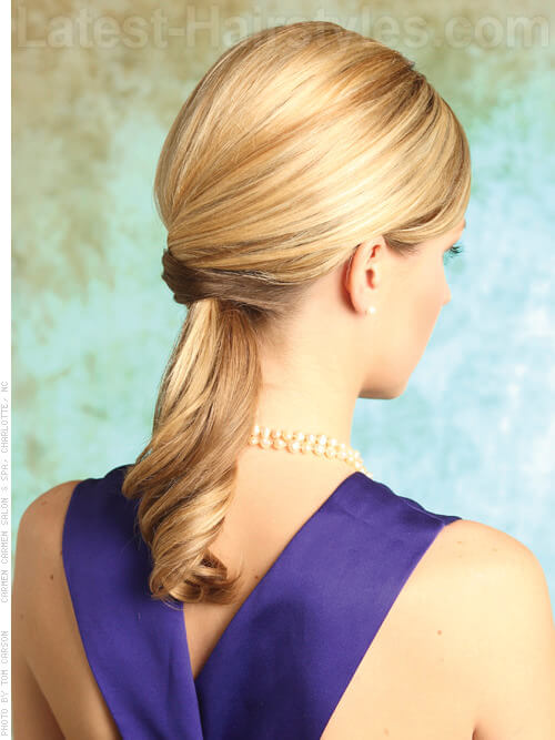 Queue de cheval blonde lisse Perfectly Polished Pony View Back View
